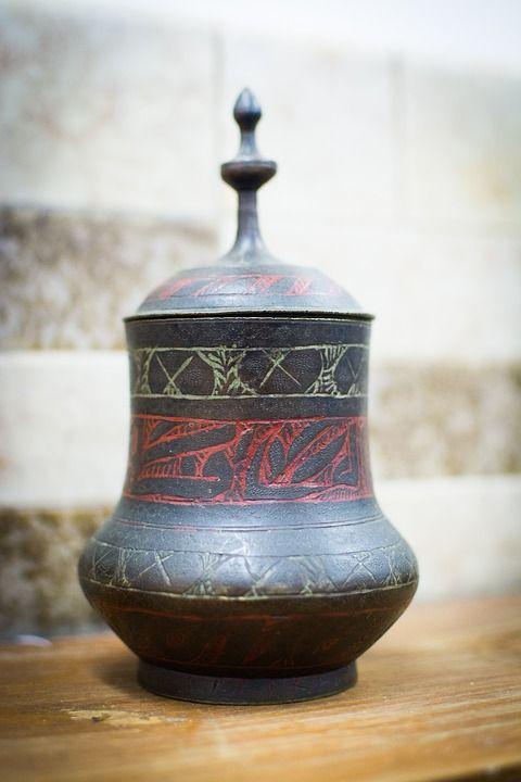 urn-3506945_960_720.jpg
